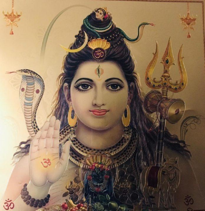 भगवान शिव की उपासना का महीना सावन